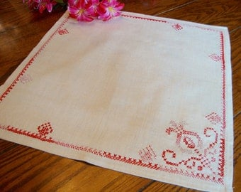 Linen Embroidered Doily Centerpiece Doily Pink Embroidery Vintage Table Linens
