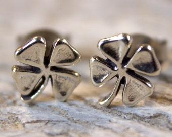 Four Leaf Clover Earrings, St Patricks Day, Shamrock Earrings, 4 Leaf Clover, Sterling Silver Stud Earrings, Irish Jewelry Gift
