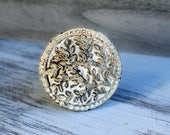 Vintage Knobs, White Knobs,  Cabinet Knobs, Drawer Pulls, Farmhouse Style Chic, Dresser Knob, Fixer Upper Style, Rustic Home Decor, Knobs