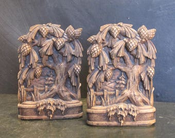 Vintage Oak and Acorn Bookends