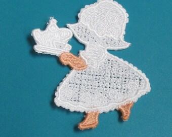 Lace Applique for Crafts or Crazy Quilt - Tea with Sunbonnet Sue