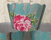 Rustic Floral Cupcake Wrappers