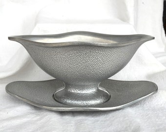 Guardian Service Gravy or Sauce Boat & Underplate Hammered Aluminum good cond