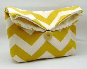 Foldover clutch, Fold over bag, clutch purse, evening clutch, wedding purse, bridesmaid gifts - Mustard chevron (Ref. FC71 )