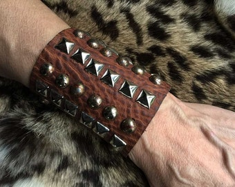 BIG Leather Cuff/Gauntlet With Studs