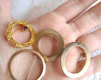 Vintage open circle brooch lot gold tone