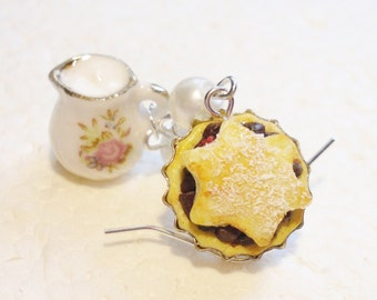 Mince Pie And Cream Earrings. Polymer clay.