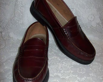 Vintage Men's Brown Leather Slip On Penny Loafers by Nunn Bush Size 11 Only 20 USD