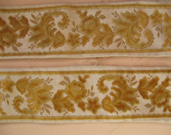 Vintage Velvet Tapestry Remnant 1980's Reproduction Antique Border 2 Yards 6 inches
