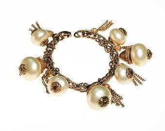 Pearl and Gold Tassel Charm Bracelet