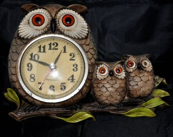 Owl Clock - 1972 - New Haven Quartz Burwood Products Co.