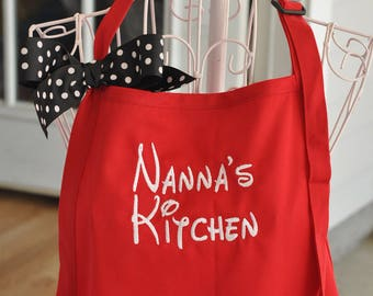 Monogrammed Apron, Apron with Pockets, Cooking Apron, Apron with Bow, Embroidered Apron, Personalized Apron, Grandma Apron, Dad Apron