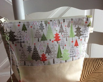 Project Bag - Knitting Project Bag - Medium Zipper Bag - Cloth Zipper Bag - Winter Pines
