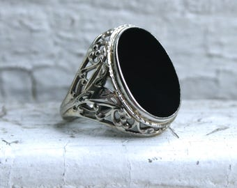 Cool Vintage 18K White Gold Onyx Filigree Ring Engagement Ring by Belais.
