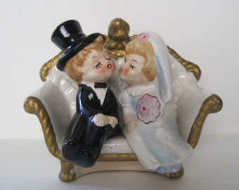 Lefton Wedding Figurine - Bride and Groom Kissing - Couch - 4645