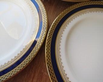 Set of 8 Aynsley vintage china tea plates