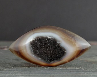 Beautiful druzy agate cabochon S7410