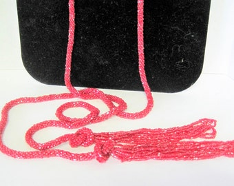 Lariat Necklace - Red Beaded Sautoir - Art Deco Flapper Tassel - 62 Inches