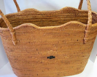Woven Straw Tote Purse -  Boho Collectible - Nautical Open Top - Tightly Woven Straw