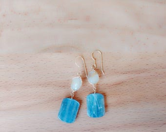 MOTHER'S DAY SALE: Rutilated quartz and kyanite dangle earrings