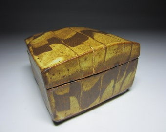 Stunning Goldleaf Accent Chocolate Marble Swirl Studio Pottery Jewelry Box