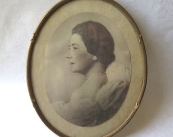 Antique Oval Gold Gesso Frame 9 x 11.25 Vintage Woman's Portrait Gilded Frame with Original Glass
