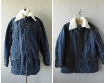 Lee Storm Rider Sherpa Jacket | Vintage 70s Dark Blue Jean Chore Jacket Men's Size L/Large Western Hipster Winter Heavy Coat 1970s Hippie
