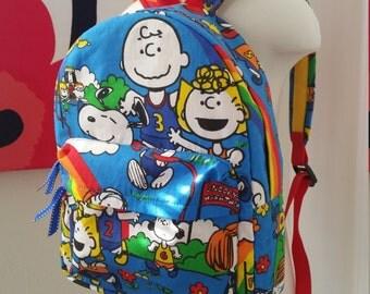 Peanuts gang Snoopy backpack (Medium)