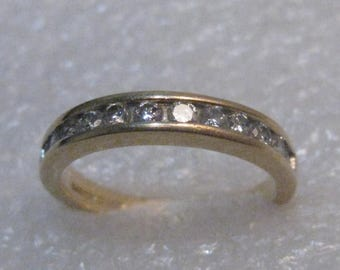 14kt Gold Diamond Wedding Anniversary Band/Ring, size 7.25, 3.60 grams, 12 diamonds