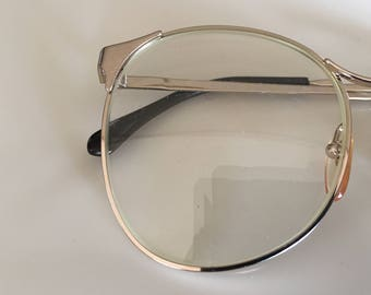 Vintage 1970s Gold Frame Eye Glasses