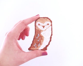 Barn Owl Cross Stitch Brooch, woodland, owl lovers, gifts for her, gifts under 50, bird, woodland owl