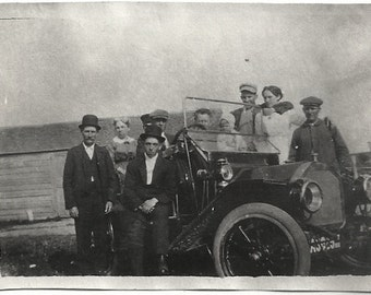 Old Photo Family in and Around Car Women Men Child 1910s Photograph Snapshot vintage Automobile