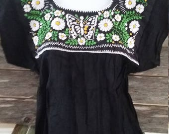 Authentic Traditional Mexican Hand Embroidered Floral Design (Small)