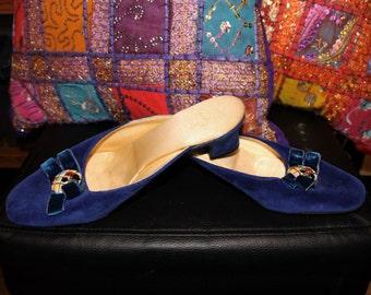 Into the Blue-60s Royal Blue Velvet Slip-On Mule Kitten Heel Pumps with Ceramic Brooch Centre