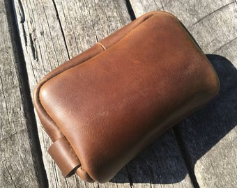 Men's Horween 'Walnut Chromexcel' leather toiletry travel/shaving bag. Made from Horween remnants.