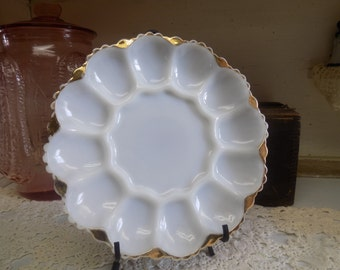 One Vintage White or Milk Glass Anchor Hocking Deviled Egg Plates with Worn Gold Colored Trim Shabby  B1407