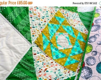Spring Quilt Sale Patchwork Star Quilt with Hand quilting details in White, Kelly Green and Mustard