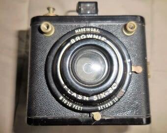 Vintage Brownie Flash Six 20  Camera 1950s