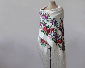 silk Russian shawl, white shawl with floral garlands, silk blend, lightweight throw, cottage shawl, vintage Russian silk shawl, silk blend