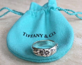 Beautiful and Rare TIFFANY & CO 925 (Sterling Silver) Nature Rose Ring Weight is 5.6 grams and Size 5.75