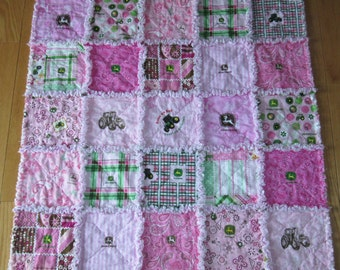 JOHN DEERE Pink 13 Different Fabrics Baby Girl Rag Quilt Farm Tractor