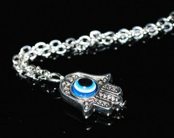 Hamsa lucky charm bracelet