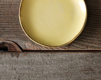 Goldenrod Yellow Round Ceramic Ring/Jewelry Dish with 18k Gold Lined Rim