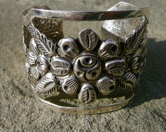 Taxco Silver, Vintage Maciel Repousse Floral Cuff, Taxco Mexico Sterling Bracelet, Silver Maciel Flower Jewelry, Taxco Silver Jewelry