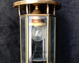 Art deco lamp (T170314.1)