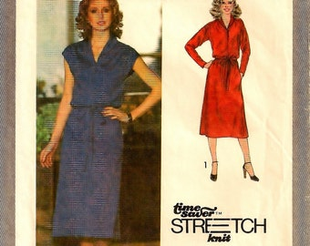 "A Sleeveless or Long Sleeve, Elastic Waistline, Shawl Collar, Buttoned Bodice Dress Pattern for Women: Size 16, Bust 38"" • Simplicity 9081"