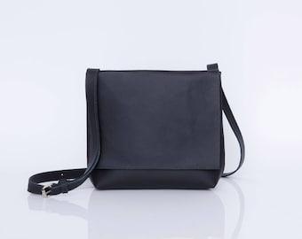 Small Leather Messenger Bag, Black Crossbody Bag, Small Travel Bag, Mini Messenger Bag, Personalized Bag, Leather Cross Body Bag, Black Bag