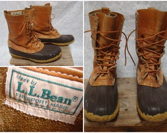Vintage Retro Men's L.L.Bean Maine Hunting Shoe Bean Boots Leather High Ankle Distressed Mens size 8 Womens size 9.5 Made in USA