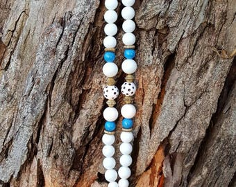 White and blue beaded vintage necklace. On sale at a bargain