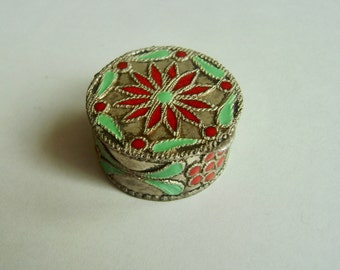 vintage 900 silver enameled pill box/ring box